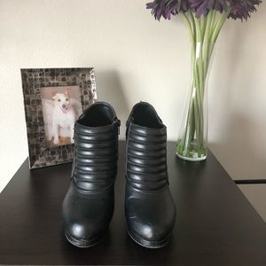 Black Guess Ankle Booties